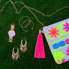 Y'all, this is the cutest accessory combo for spring! The Parley Neon Clutch is the perfect thing to brighten up your outfit. Pair it with the Gable Earrings, the Simply Stunning Watch and the Stone Gold Bracelets, and you've got yourself a sassy Friday-Eve outfit! All of these items are online now, go get yours TODAY!
