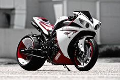 Yamaha super bike