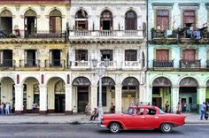 A haven for Hemingway devotees and mojito lovers alike, Havana is one of this year's hottest destinations. Find out what not to miss in Cuba's captivating capital!