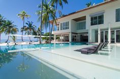 The Amilla Villa Estate - Luxuriate poolside
