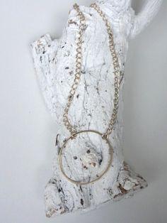Golden Eternity Necklace. Deze ketting staat symbool voor oneindigheid, eenheid & vrouwelijke kracht!
