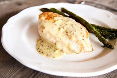 My creamy garlic sauce is a huge hit amongst the LCHF crowd and those who just love food which tastes good. so I have no idea why I waited so long to cook a creamy Creamy Mustard Sauce, Creamy Garlic Sauce, Meals For Two, Main Meals, Veggie Recipes, Cooking Recipes, Savoury Recipes, Best Junk Food, Bellini Recipe