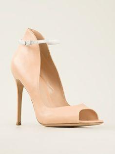 GIANVITO ROSSI - peep-toe pumps -farfetch.com