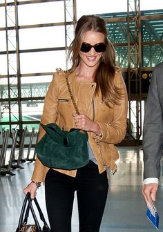 a92c75d20fa Who made Rosie Huntington-Whiteley s brown sunglasses