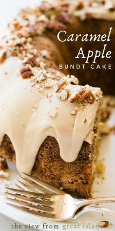 Apple Bundt Cake Recipes, Apple Desserts, Fall Desserts, Just Desserts, Delicious Desserts, Apple Bunt Cake, Bundt Cake Frosting Recipe, Bundt Cake Glaze, Apple Cinnamon Cake