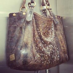 I want this bag!