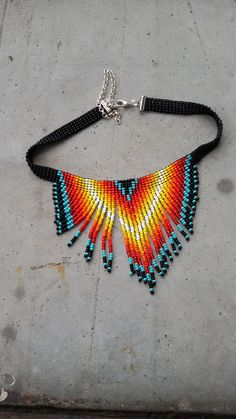 Beaded Crochet Bags – New Cheap Bags Native Beading Patterns, Beadwork Designs, Beaded Earrings Patterns, Seed Bead Patterns, Native Beadwork, Beaded Choker Necklace, Fringe Necklace, Necklaces, Seed Bead Jewelry