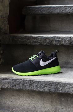 Nike Roshe Run GS | July 2013 Preview