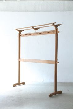 hanger hook stand | unplugged