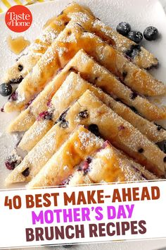 Spend more time with mom and whip up some of these amazingly easy make-ahead Mother's Day brunch recipes. 40 Best Make-Ahead Mother's Day Brunch Recipes – 40 Best Make-Ahead Mother's Day Brunch Recipes Make Ahead Brunch Recipes, Healthy Brunch, Make Ahead Breakfast, Breakfast Dishes, Brunch Ideas For A Crowd, Crowd Recipes, Brunch Foods, Breakfast And Brunch, Sunday Brunch