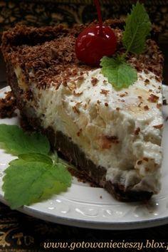 Niesamowite ciasto. Pyszne - to za mało powiedziane. Powiedzieć, że nieziemsko pyszne – to też nie wystarczająco. Zachwyci osoby lubujące się w mocno czekoladowych ciastach z dużą ilością kremu. I tych nie