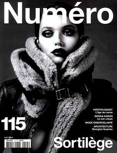 Numéro Magazine.