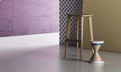 Sgabello in legno per casa e contract, Sgabello con poggiapiedi
