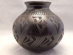 Mata Ortiz Pottery by Tomasa Mora