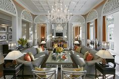 The Royal Suite - Living Room