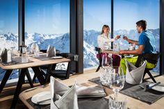 Gipfel der Genüsse: In der einzigartigen Bergwelt des Ötztals und mit einem Blick auf drei Länder lädt das neue Edelrestaurant Ice Q zum Dinieren und Genießen. Hier geht's zum Reisebericht: http://www.nachrichten.at/reisen/Gipfel-der-Genuesse;art119,1266261 (Bild: Ötztal Tourismus)