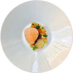 Feeling creative... #truecooks#theartofplating#thehague#thekitchenassassin#thebestchef#artonaplate#photooftheday#chef#dishoftheday#chefsplateform#chefsofinstagram#foodie#foodstarz_official#food#fdprn#happy#foodartchefs#gastroart#gastroartistry#worldofnoblesse#gourmetzfood#sousfresh#grateplates#chefstalk#chefsroll#foodpics#foodpictures#cookniche#thebestchefsoftheworld#culinarieinspiratie