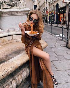 Natalia Vodianova's Fabulous Fund Fair will be 'La Dolce Vita'-themed Natalia Vodianova's Fabulous Fund Fair will be 'La Dolce Vita'-themed next year- HarpersBAZAARUK Rome Fashion, Italian Fashion, Fashion Shoot, Editorial Fashion, Fashion News, Women's Fashion, Fashion Trends, Italian Summer, Italian Girls