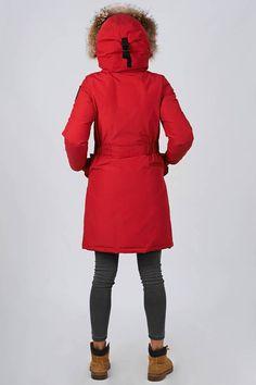 Women's winter down coat, 725 fill power. Arctic Bay - Made in Canada. Do It Yourself Wedding, Wedding Hangers, Winter Jackets Women, Down Coat, Fur Trim, Arctic, Winter Fashion, Charlotte