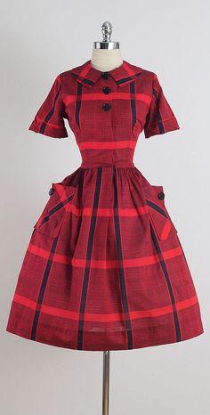 ➳ vintage dress * red & black plaid cotton * button front * pockets * by Sir Rob condition Vintage 1950s Dresses, Vintage Wear, Retro Dress, Vintage Outfits, Vintage Clothing, Fifties Fashion, Retro Fashion, Vintage Fashion, Club Fashion