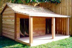 Caseta de madera para perro