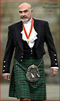 Sean in a kilt.....there's just something about a man in a kilt (and, of course, something about Sean Connery...)