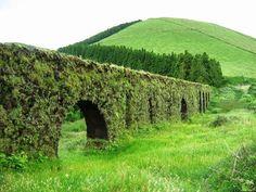 Aqueduto do Carvão - Ponta Delgada, Ilha de São Miguel, Açores.