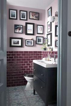 Galerie de tableaux pour salle de bains chic - Petite salle de bains : pratique et mignonne - CôtéMaison.fr