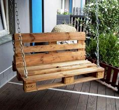Pallet garden / porch swing - 20 do-it-yourself pallet ideas for your . Pallet garden / porch swing - 20 DIY pallet ideas for your home 99 pal . Pallet Ideas, Diy Pallet Bed, Wooden Pallet Projects, Wooden Pallets, Wooden Diy, Pallet Swings, Diy Projects, Pallet Wood, Project Ideas