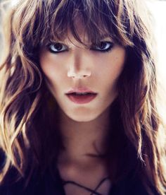 I wish I looked this good in bangs