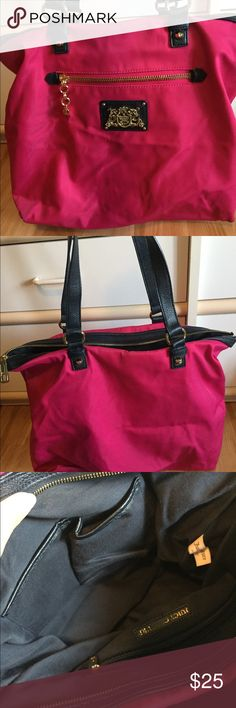 Juicy couture nylon tote Bright pink tote in excellent condition. Gold is not tarnished. Very spacious has navy color straps Juicy Couture Bags Totes