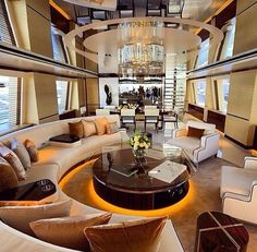 Iate ⛵ luxo Yacht in Luxury Yacht Interior, Home Luxury, Luxury Living, Luxury Lifestyle, Luxury Homes, Private Jet Interior, Life Of Luxury, Modern Luxury, Yacht Design