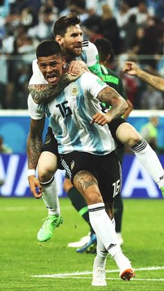Messi & Marcos Rojo