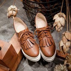 Fringe Lace-Up Brogue Platform Shoes ($41) ❤ liked on Polyvore featuring shoes, oxfords, black oxfords, brogue oxford, lace up shoes, platform shoes and black platform oxfords