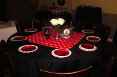 50s pin up centerpieces | 30th birthday pinup/rockabilly table decor