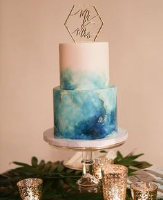 THIS CAKE // like die how perfect this marble design is by sweetnsaucyshop 💁🏼Photo Credit Beautiful Wedding Cakes, Beautiful Cakes, Amazing Cakes, Pretty Cakes, Cute Cakes, Bolo Cake, Watercolor Cake, Gateaux Cake, Crazy Cakes