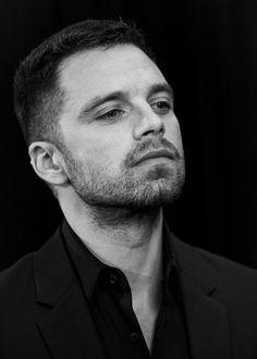 Sebastian Stan, Chris Evans, James Barnes, Man Thing Marvel, Marvel Actors, Infinity War, Infinity Rings, Infinity Wedding, Bucky Barnes