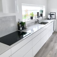62 unique kitchen ideas diy cabinets pitfall 16 - All For House İdeas Modern Kitchen Cabinets, Diy Cabinets, Modern Kitchen Design, Kitchen Layout, Kitchen Flooring, Kitchen Countertops, Kitchen Interior, Kitchen Decor, Kitchen Ideas