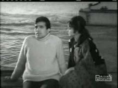 Kishore - Woh Shaam Kuch Ajeeb Thi - Khamoshi - [1969] - YouTube