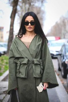 Lovely Look. - Street Fashion, Casual Style, Latest Fashion Trends - Street Style and Casual Fashion Trends Runway Fashion, Girl Fashion, Fashion Show, Fashion Outfits, Fashion Trends, Cool Street Fashion, Street Chic, Look 2018, All Jeans