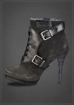 Cool Sneakers Kerry Ann Google+ | Sko sneakers, Adidas