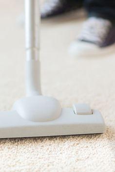 ניקוי שטיח שאגי דורש מיומנות מסוימת ומומלץ לפנות לחברה המתמחה בתחום ניקוי שטיחים. אשר שטיחים מבצעת ניקוי שטיחי שאגי מכל הסוגים עם ציוד מתקדם ומומחים בתחום. Headphones, Electronics, Headpieces, Headset, Consumer Electronics, Ear Phones