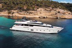 New Sanlorenzo SL 104 at the Miami Boat Show