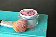 Simple Makeup Recipe Ideas For DIY Cosmetics Make-up Tutorials makeup recipes easy - Makeup Recipes Natural Blush, Natural Make Up, Natural Beauty, Organic Beauty, Makeup To Buy, Diy Makeup, Makeup 101, Cheap Makeup, Makeup Trends