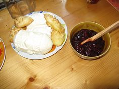 Oscypki with cranberry sauce - www.polandculinaryvacations.com