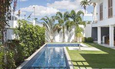 Piscinas com formato contemporâneo ganham destaque em projetos - Jornal O Globo