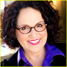 """Character actress Carol Ann Susi, known as the voice of the unseen Mrs. Wolowitz on """"The Big Bang Theory,"""" died Tuesday in Los Angeles after a brief battle with cancer, according to Warner Bros. Big Bang Theory Series, Big Bang Theory Actress, The Big Theory, Carol Ann Susi, Celebrity Gossip, Celebrity News, Howard Wolowitz, Melissa Rauch, Donald Glover"""