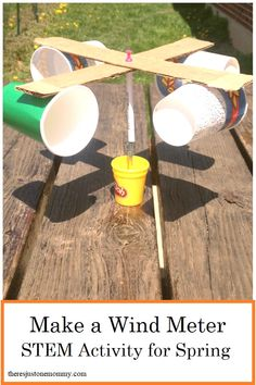 homemade wind meter STEM activity for spring Weather unit activity: make a wind anemometer. Use these simple directions to create your very own wind meter to study the wind speed! Stem Science, Preschool Science, Science Experiments Kids, Science For Kids, Science Education, Physical Science, Science Classroom, Earth Science, Summer Science