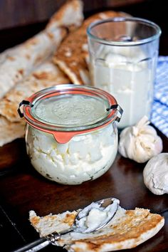 Toum - Lebanese Garlic Sauce8