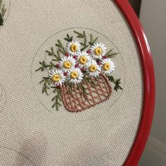 how to do brazilian embroidery stitches Herb Embroidery, Brazilian Embroidery Stitches, Kurti Embroidery Design, Hand Embroidery Dress, Embroidery Jewelry, Hand Embroidery Patterns, Silk Ribbon Embroidery, Cross Stitch Embroidery, Bordados E Cia
